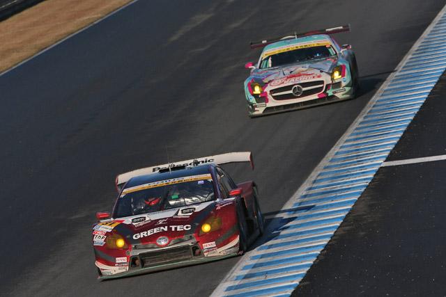 第38圈丰田PRIUS成功超越初音SLS GT3