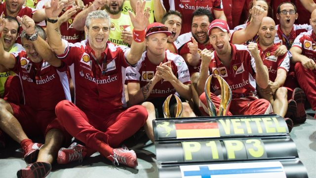 法拉利双雄在新加坡携手登台