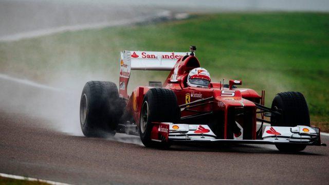 瓦特尔驾驶F2012在费奥拉诺参加测试