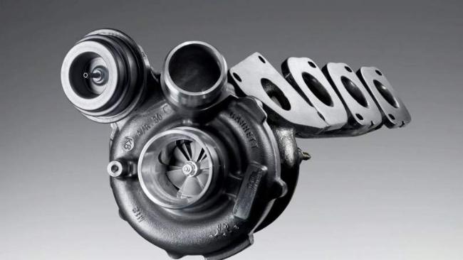 F1-V6-twin-turbo-engine
