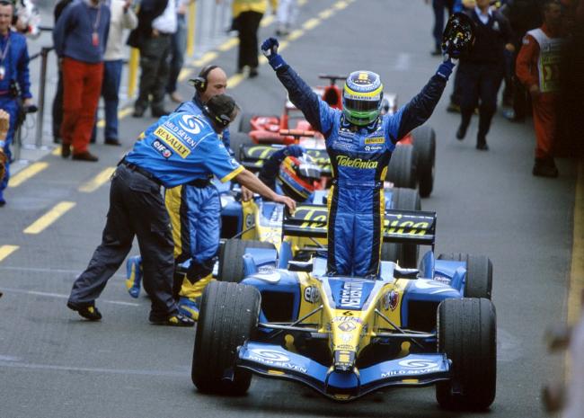 2005-Renault_R25-F1-Image-01